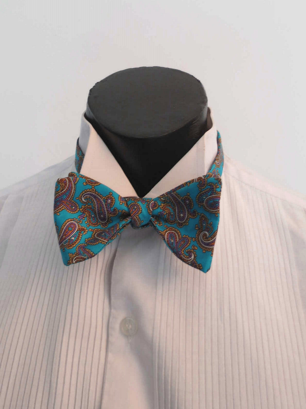 vintage blue aqua paisley silk bow tie self tie by akco