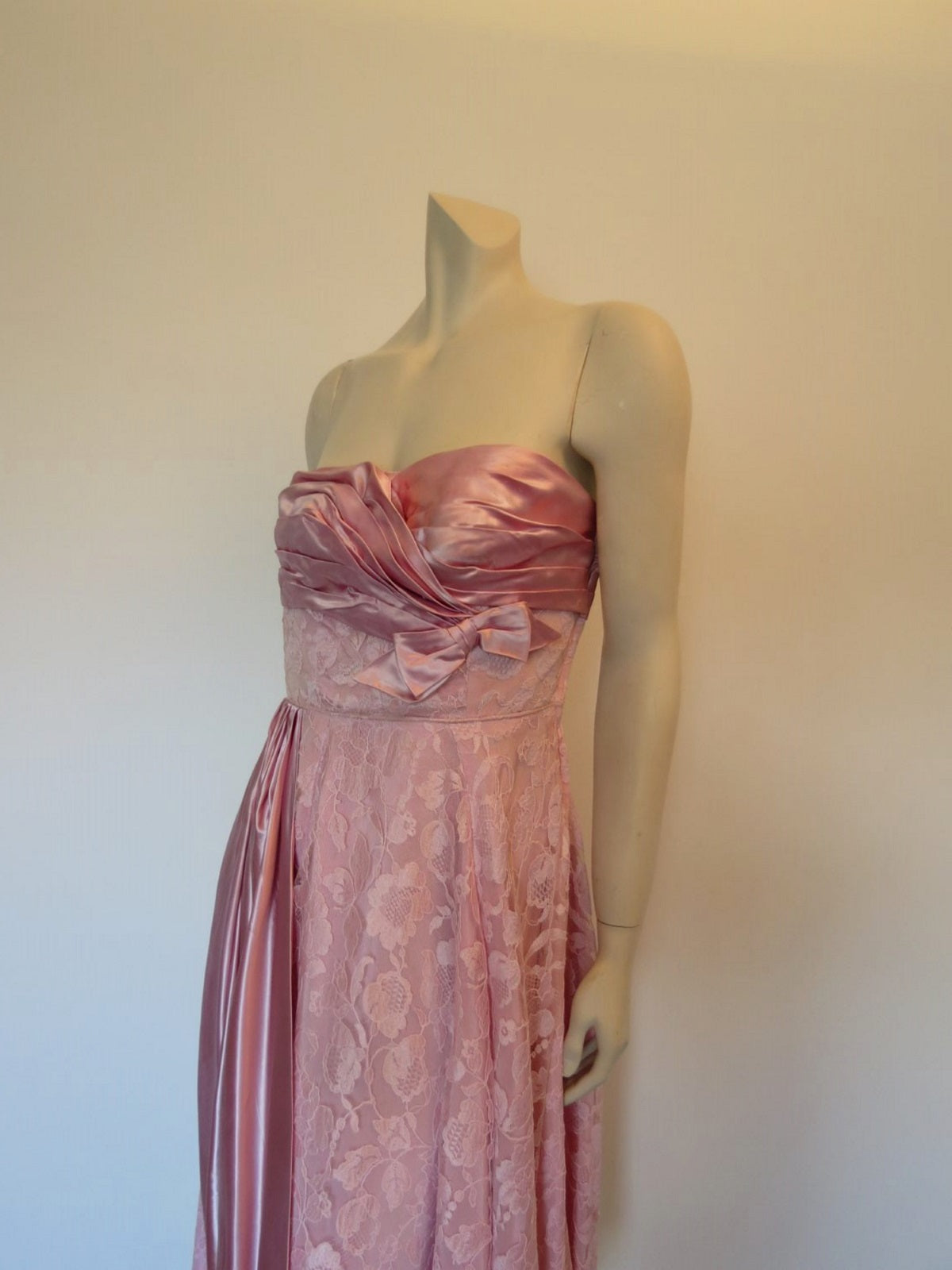 1950s vintage strapless dress pink satin and lace with draping
