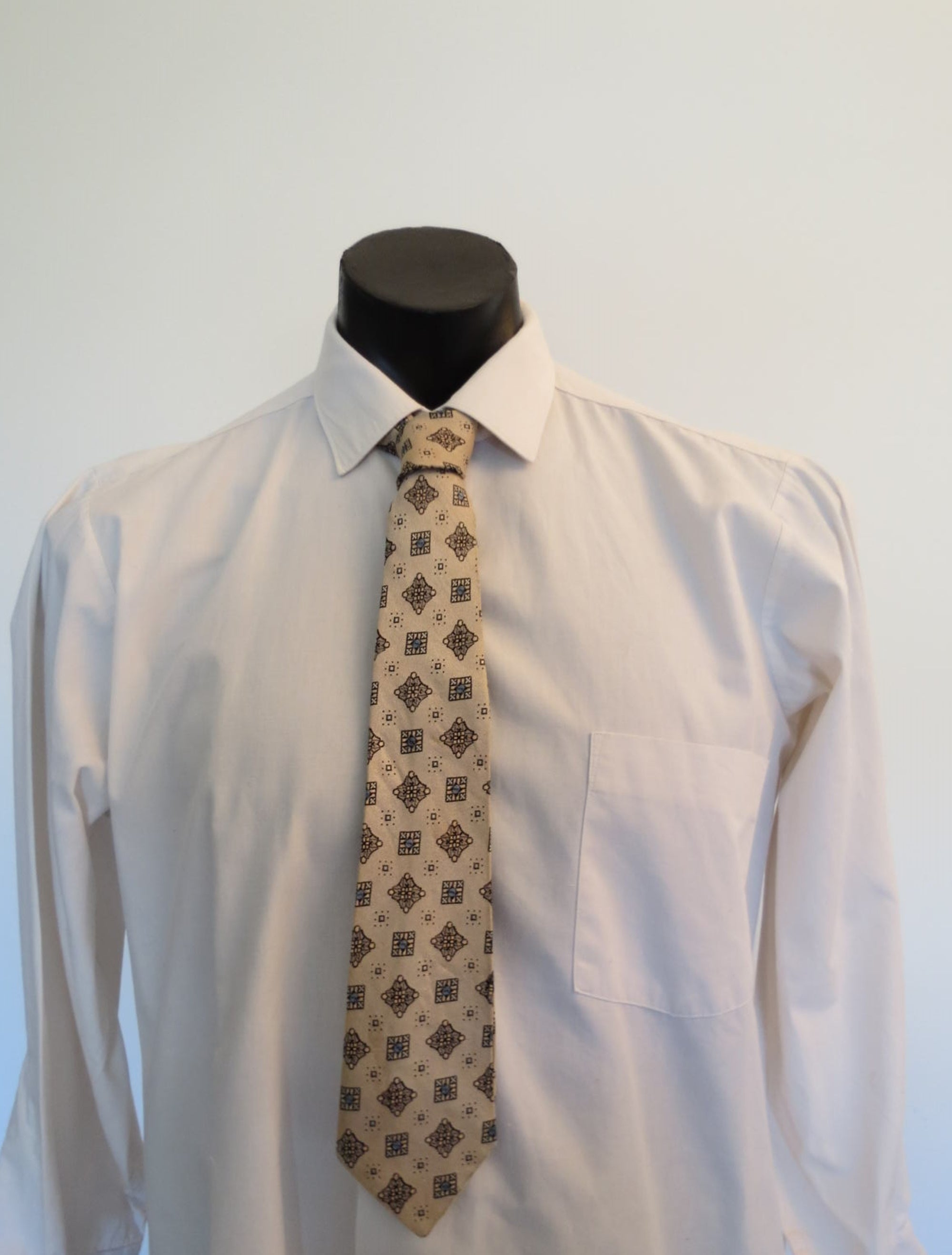 Metallic Beige or Pale Gold Tie with Gold Lozenges, a Fortescue Cravat - 1950s