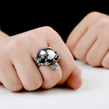 Metal Skull and Talons Claws Ring Stainless Steel - Heavy Metal Jewelry Clothing