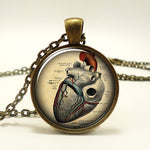 "Steampunk Necklace ""Anatomically correct Heart"""
