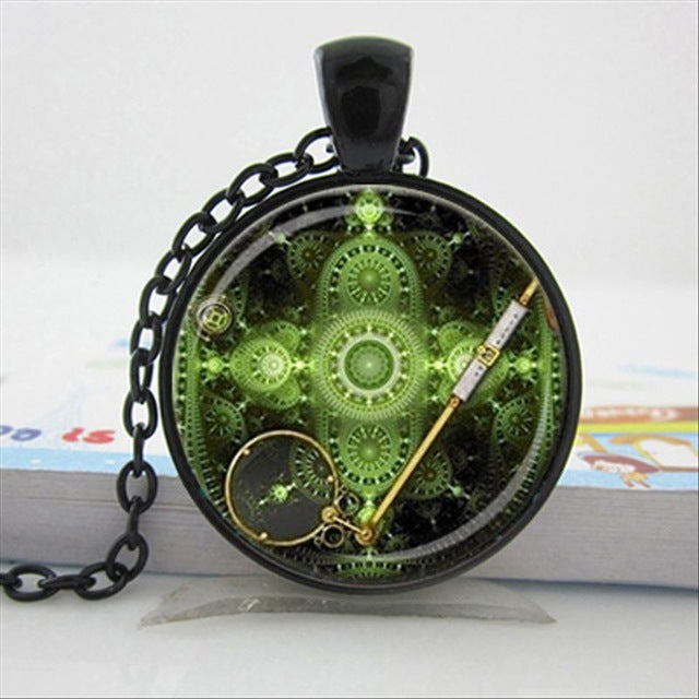 "Steampunk Necklace ""Emeral Watch"""