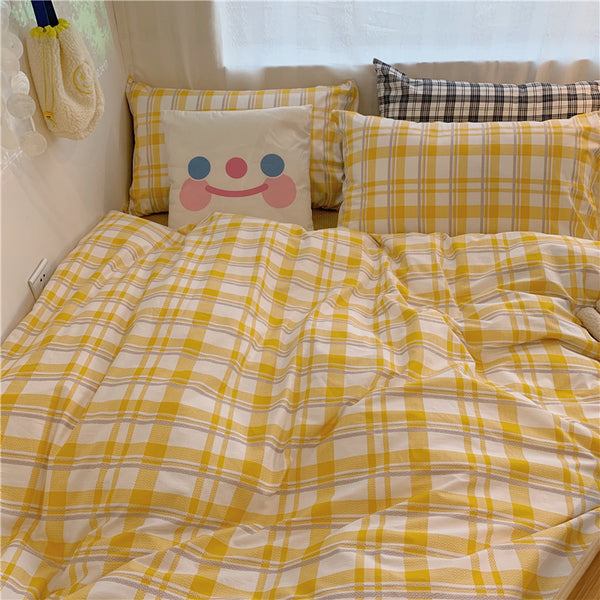Cute Plaid Bedding Set