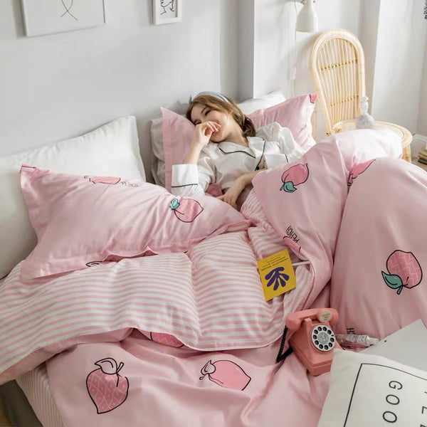 Kawaii Peach Bedding Set