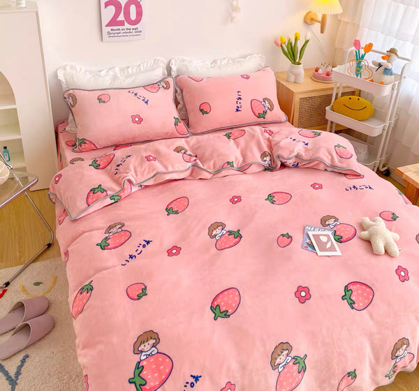 Strawberry Girl Bedding Set