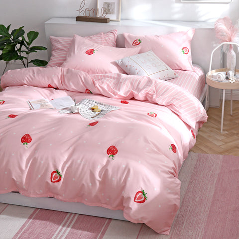 Sweet Strawberry Bedding Set