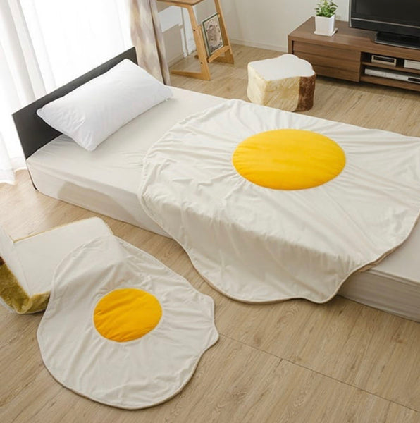 Kawaii Egg Blanket