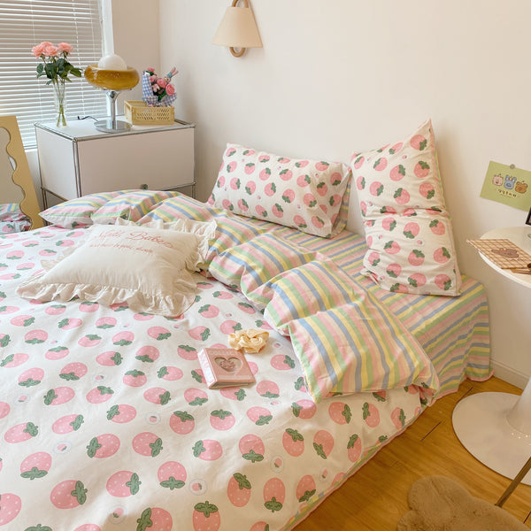 Sweet Rainbow Strawberry Bedding Set