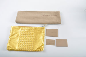 Bottega Veneta Woven Leather Clutch 302294 8417 Gold B01300709Q - Glampot