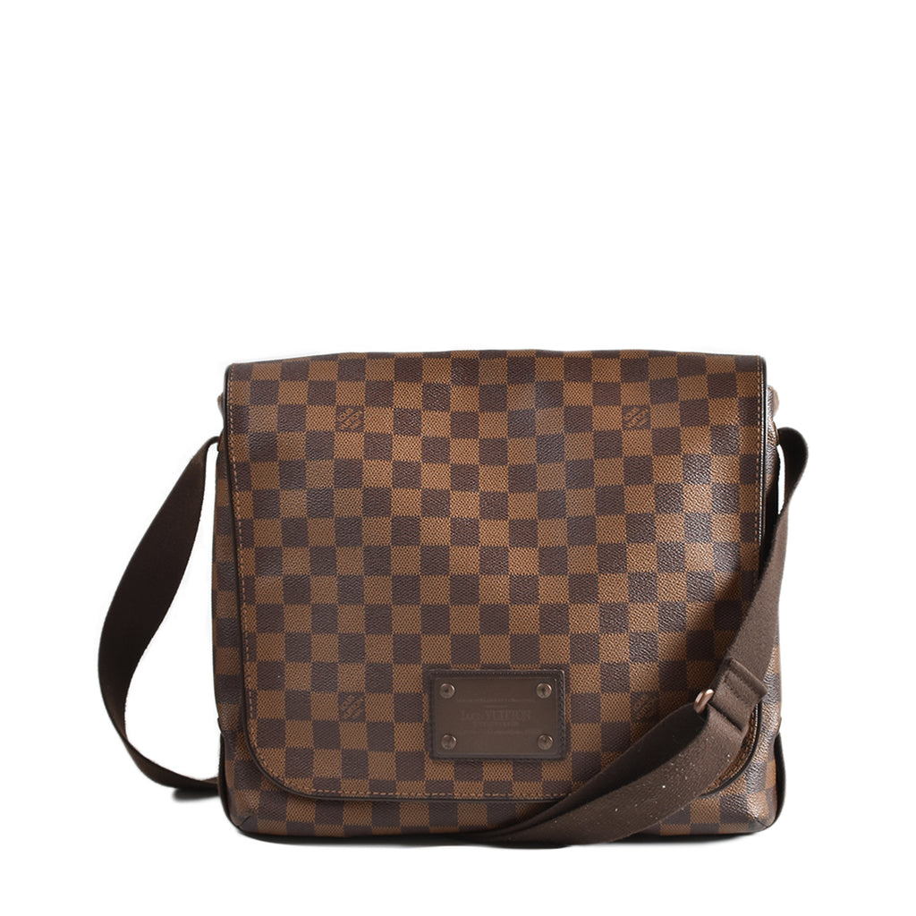 Louis Vuitton Brooklyn MM Damier Ebene Canvas Messenger Bag