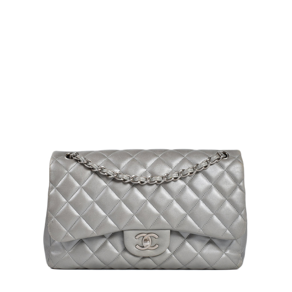 Chanel Silver Lambskin Quilted Jumbo Double Flap Bag SHW