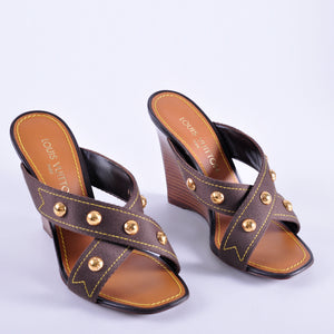 Louis Vuitton Antigua Brown Olive Studded Wood Wedges Heels BR1015 - Size 38.5