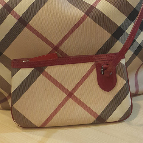 Burberry Nova Check Tote Bag in Red - Glampot