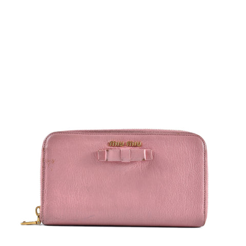 Miu Miu Bow Zip Around Wallet in Pink