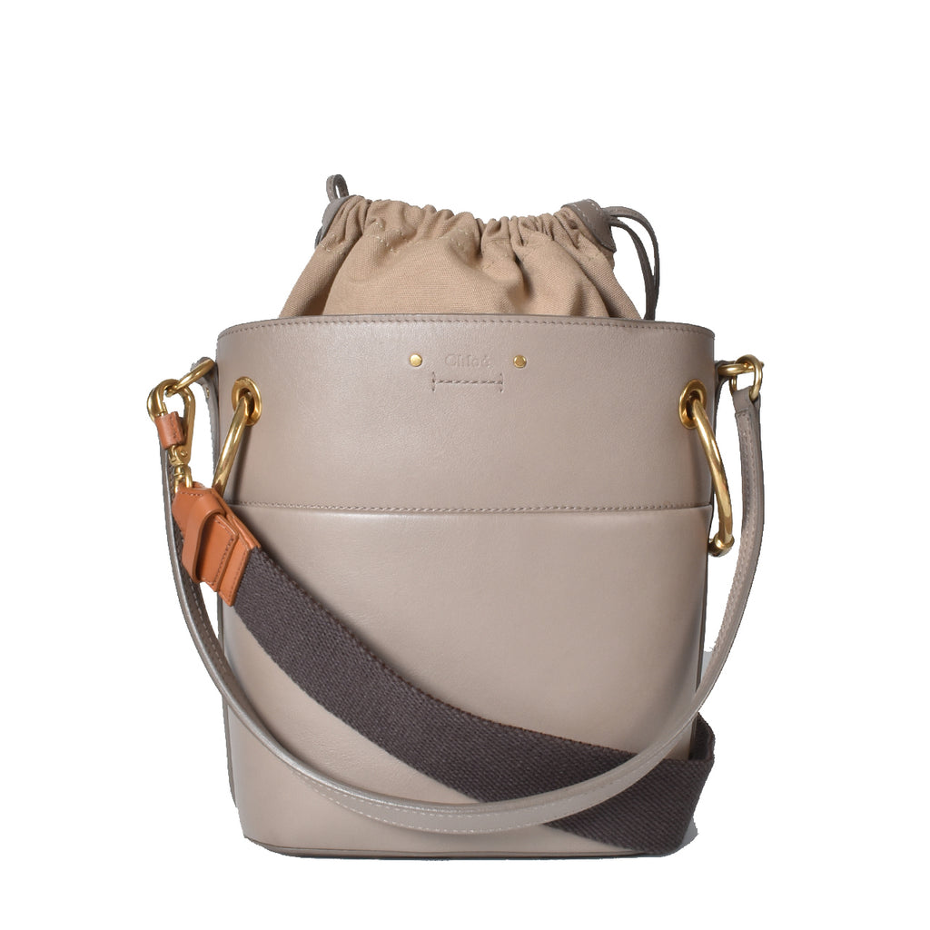 Chloe Small Roy Bucket In Grey