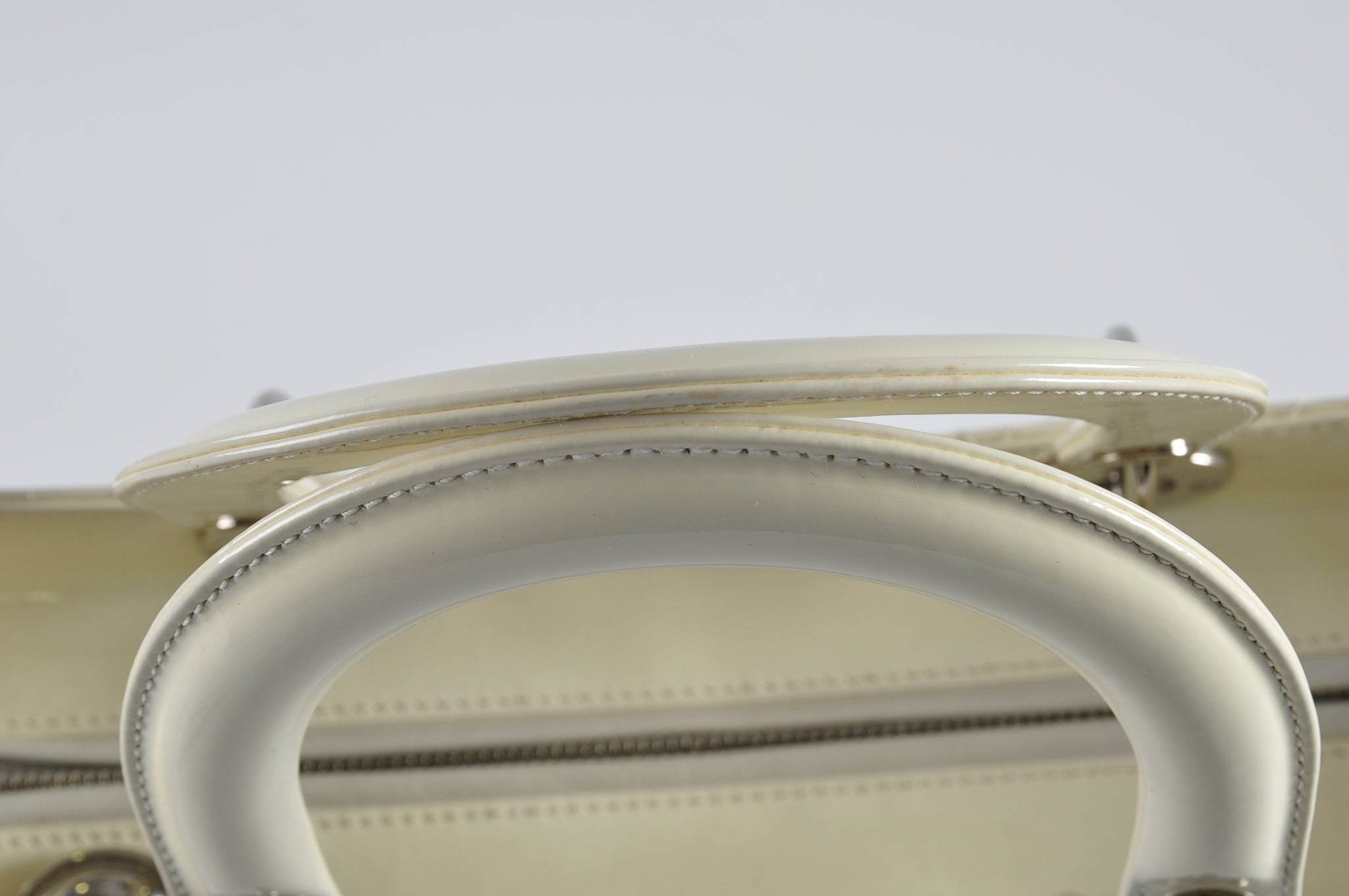Christian Dior Lady Dior Large White Patent SHW 05-MA-0180 - Glampot