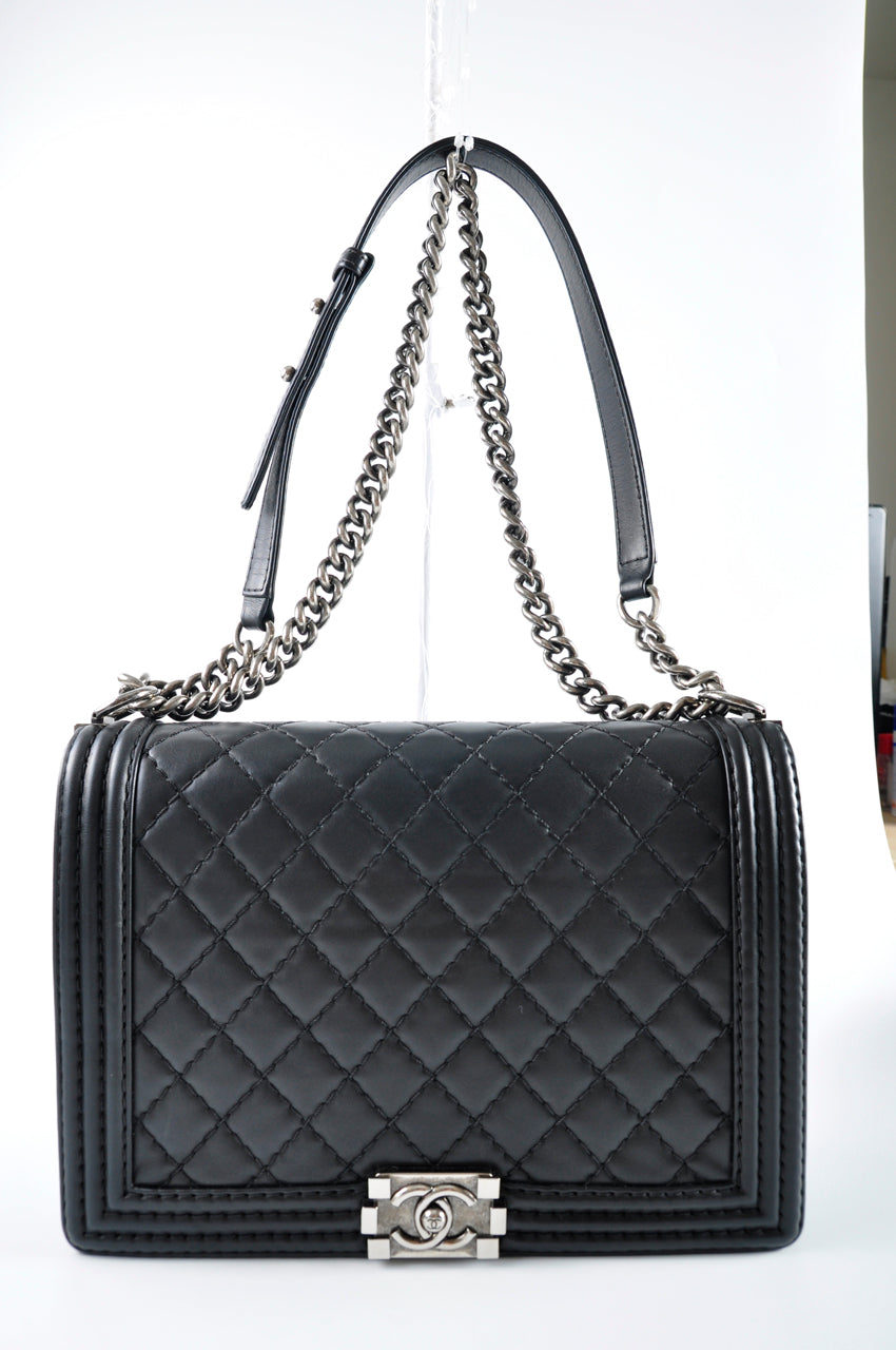 Chanel Large Boy in Black Quilted Calfskin 18452831 - Glampot