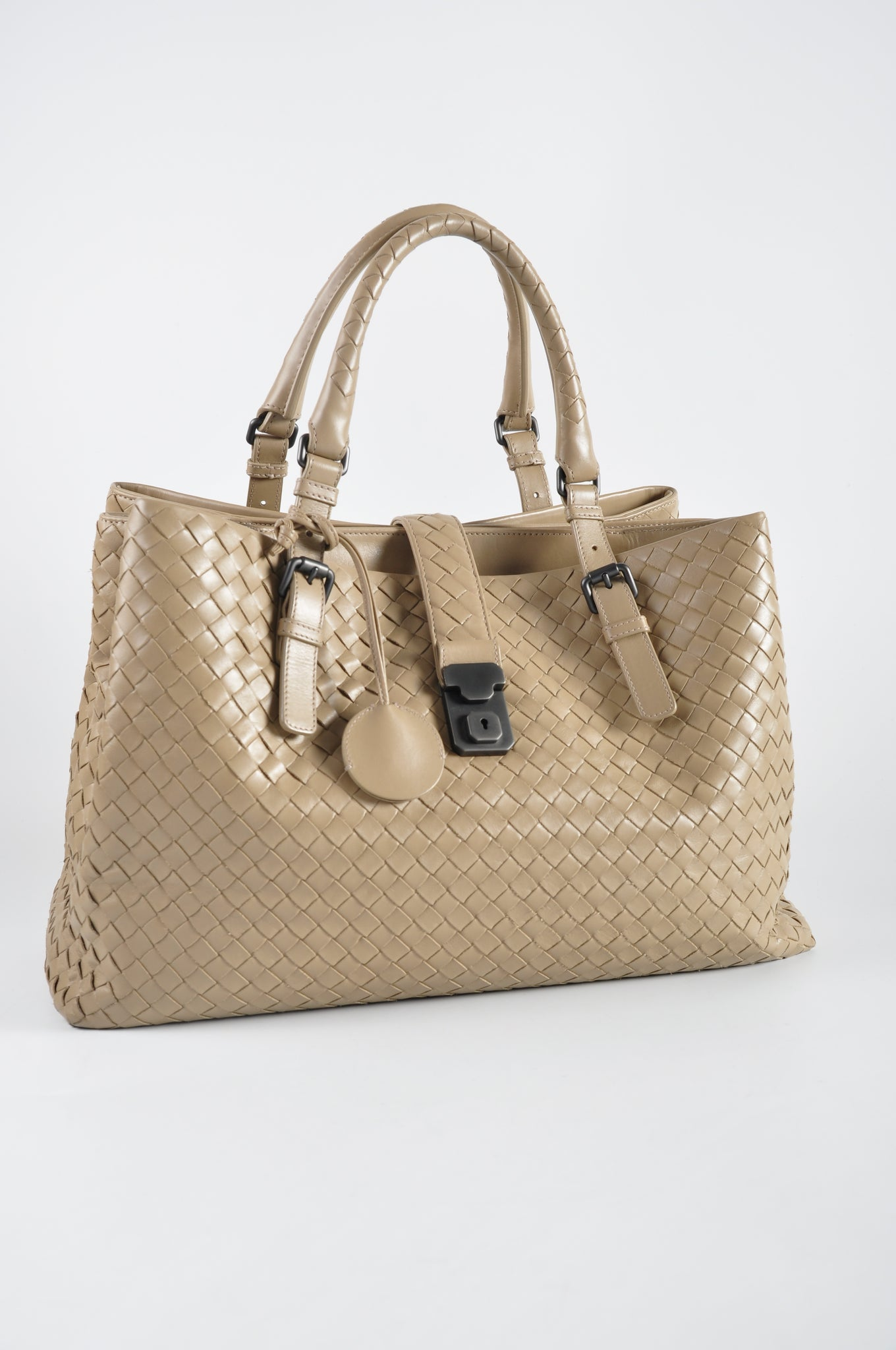 Bottega Veneta Medium Roma Bag in Walnut Intrecciato Calf B02465542Z - Glampot