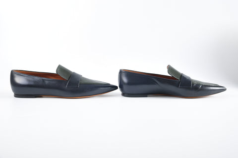 Céline Loafers in Navy - Size 40 - Glampot
