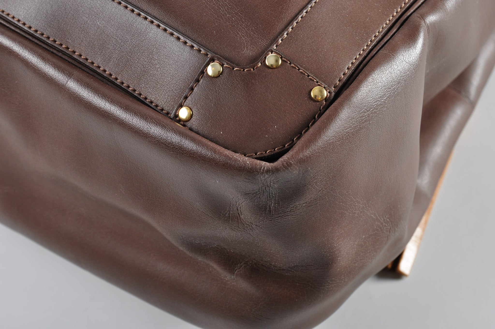 Chloé Tote in Brown Leather - Glampot