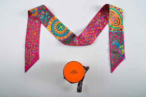 Hermes Twilly 86x5cm Twilly 100% Soie Tosca/Izmir/Orange Peacock Motif