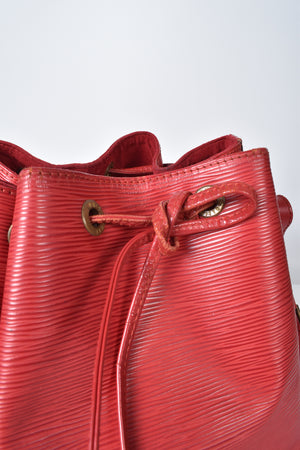 Louis Vuitton Vintage Petit Noe Bucket Bag in Red Epi Leather