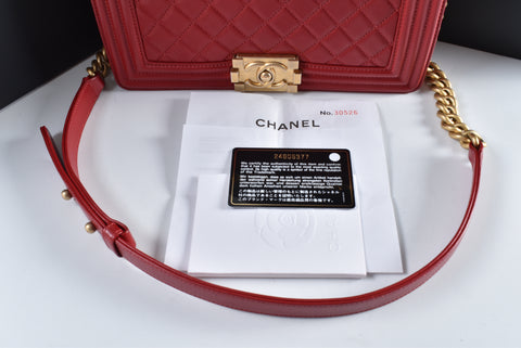 Chanel Boy Medium Lambskin Red GHW 24605377 - Glampot