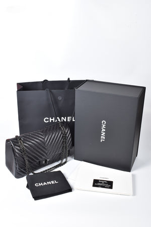 Chanel Black 2.55 Reissue Chevron Quilted Calfskin Leather So Black 227 Flap Bag