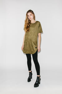 Long Cut Zipper T-Shirt Hierba