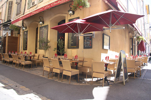 Aix en Provence cafe in the sun