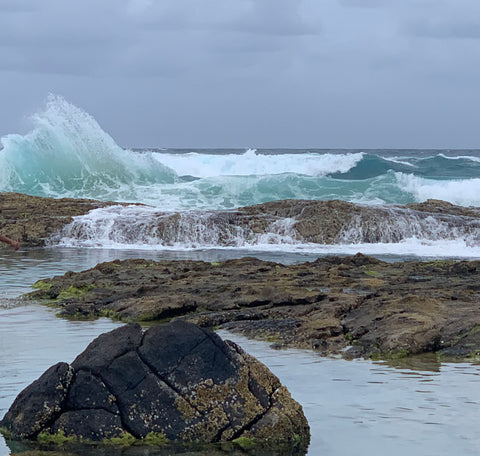 Champagne pools waves crashing - Taylor Benfield blog