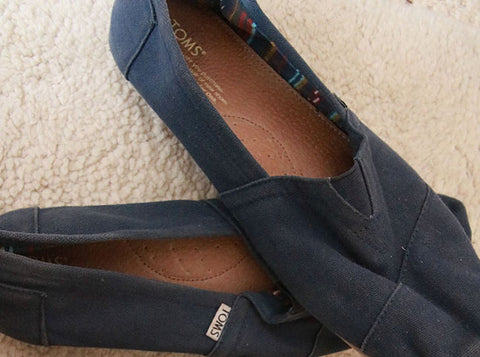 Toms - the perfect casual footwear for gents and ladies - Top Tips for packing blog from Taylor Benfield