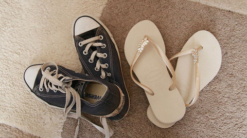 Trainers or Flipflops? Which is the best footwear for your trip?