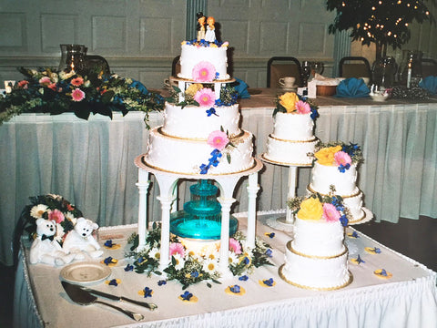 Large wedding cake at American wedding