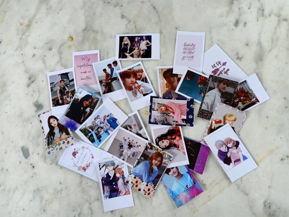 Polaroids-20 Pieces