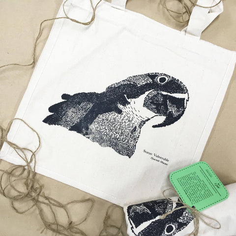 Hyacinth Macaw Handwritten Portrait Tote Bag