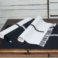 PLACEMATS - RANDA WHITE AND BLACK (SET OF FOUR)