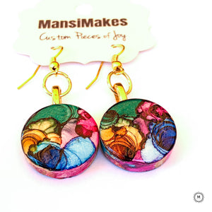 Handpainted earrings: Rainbow