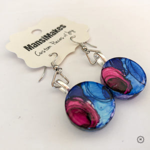 Handpainted earrings: Of Blues and Pinks
