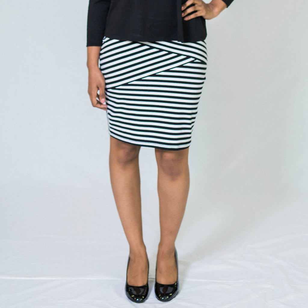 Fractured Linear Pencil Skirt - Black/White
