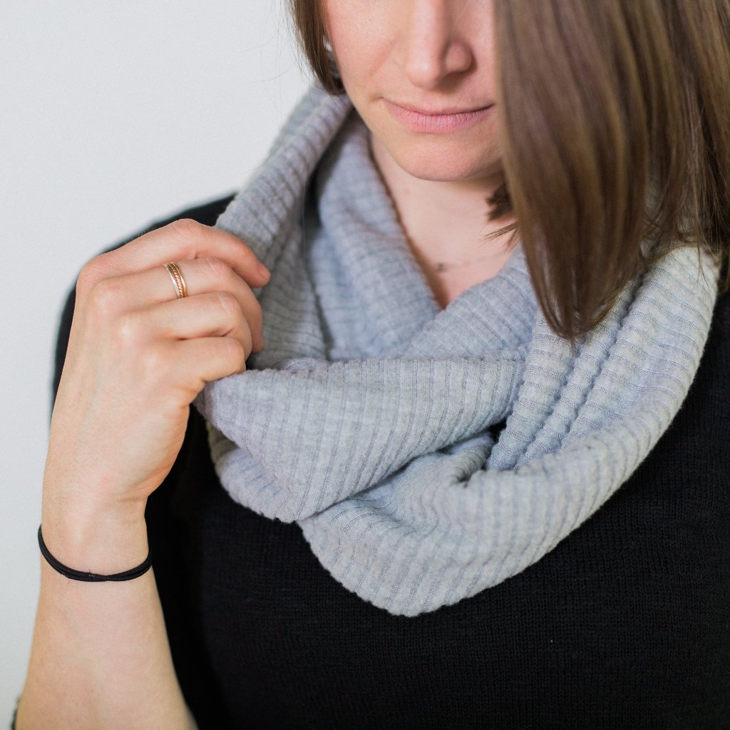 Infinity Scarf - Gray Ribbed