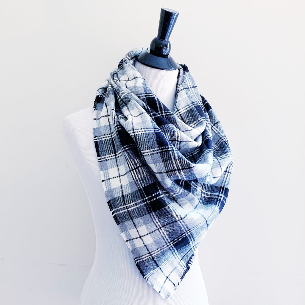 Blanket Scarf - Black/Gray/White Plaid