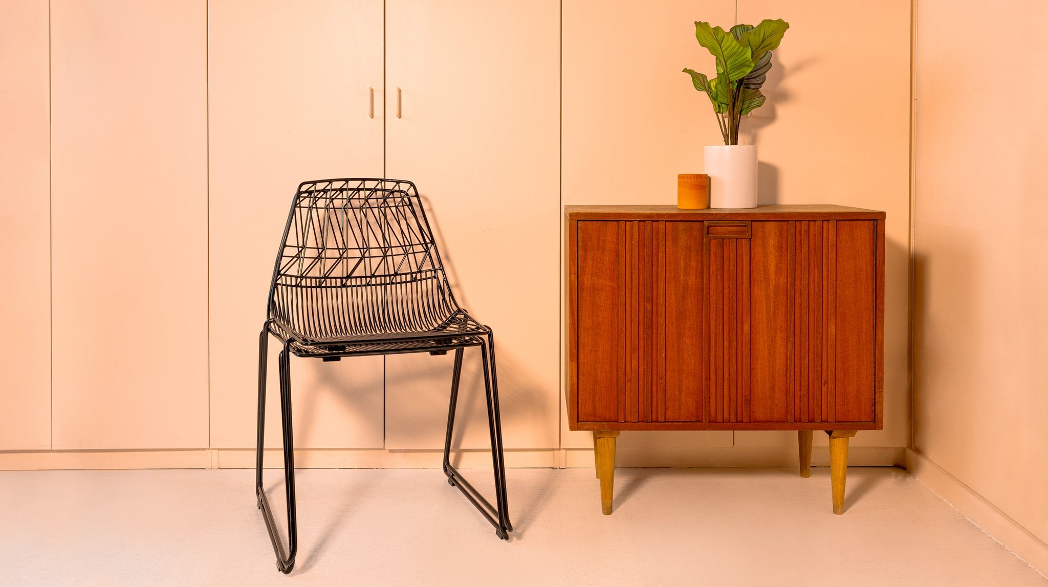 Stacking Lucy Wire Dining Chair