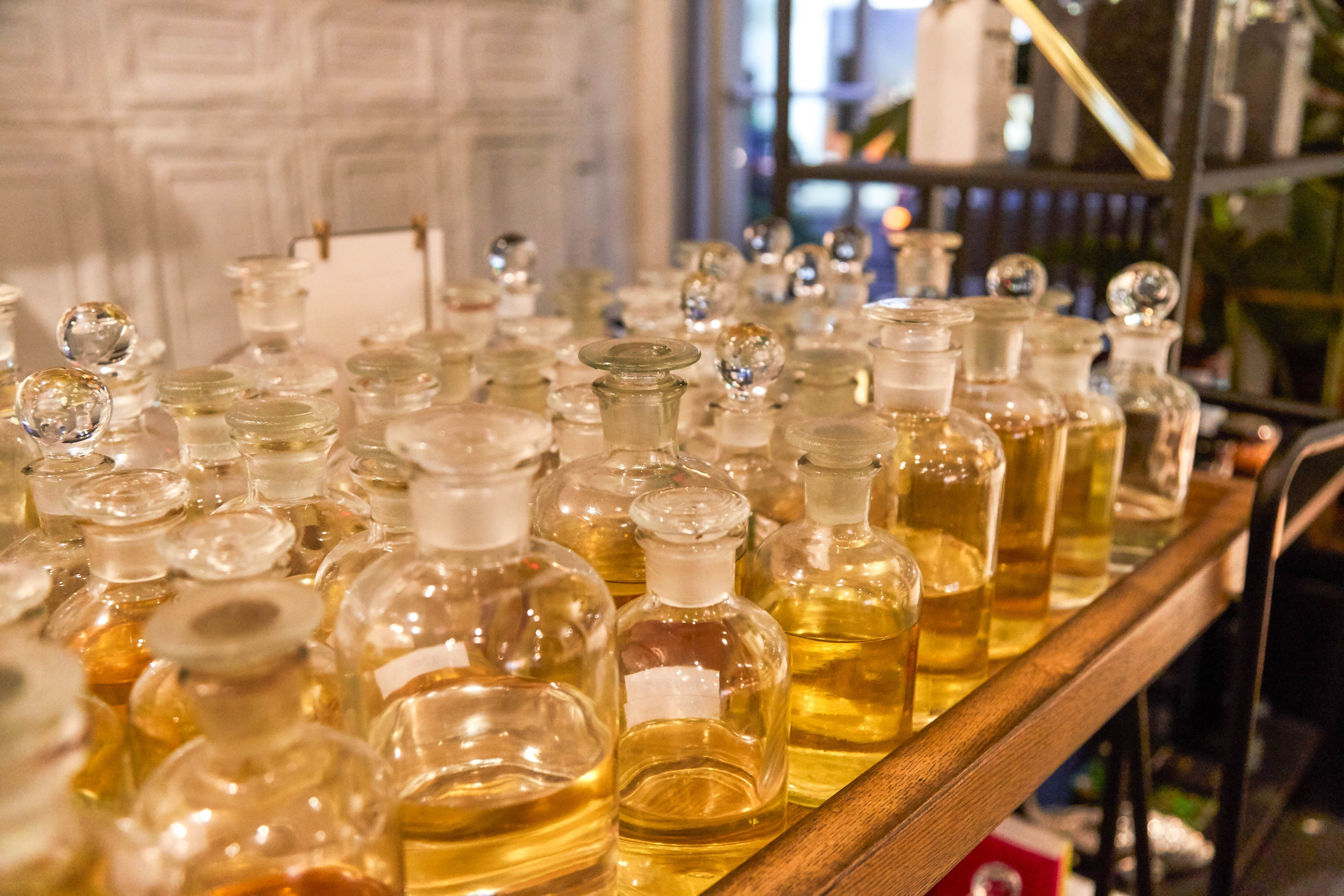Perfume Bar: Hand-filled scents #AromasToGo