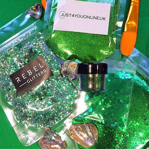 Green glitter chunky loose ultra fine art materials epoxy resin st Patrick's day love the arts beginner