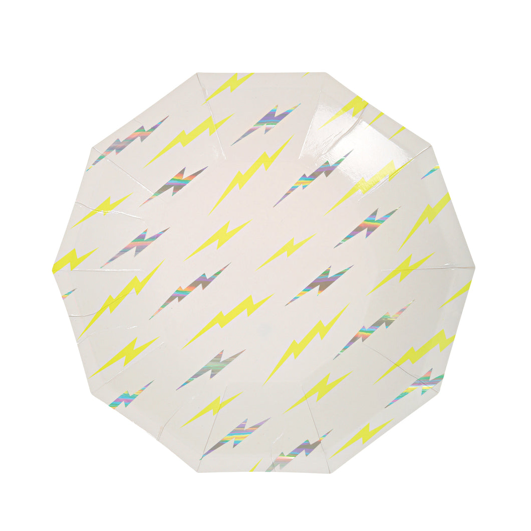 Super Hero party kit for 8 includes:  8 white plates with silver and yellow lightening bolts 16 white napkins with silver and yellow lightening bolts 8 white party cups with silver and yellow lightening bolts 1 white table cloth 20 white forks by Meri Meri