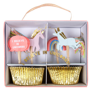 Your little one is pretty much convinced that unicorns are real, and to be honest, so are we... So we've put together a stunning party collection full of magic, rainbows and beautiful horses with glittering horns! Perfect for a magical celebration, this unicorn cupcake kit features a set of shiny gold foil cupcake cases, plus unicorns and rainbow toppers embellished with colored embroidery thread and gold foil.   Pack of 24 gold foil cases 24 themed toppers