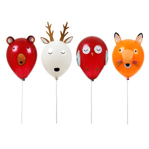 ooking for fun party activities for little nature lovers? Delight their imaginations and keep them busy with this adorable forest animals balloon kit - use the card ears, antlers and stickers to make bear, deer, owl and fox characters!   Pack of 8 balloons 4 wands & self-adhesive decorative pieces Make 4 animal characters