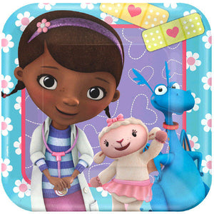 Must Have Party Kit for 8 includes:  8 Doc McStuffins plates featuring Doc, Lambie and Stuffy 16 Doc McStuffins napkins featuring Lambie 8 Doc McStuffins cups featuring Doc and Lambie 1 Doc McStuffins table cover featuring Doc, Lambie and Hallie Hippo 20 pink forks