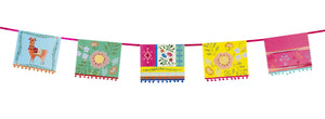 This bunting with vibrant hues and pom pom designs is ideal for Bohemian vibes! Decorate your summery party with this bunting with llama and floral prints on. Length: 4m (13ft)